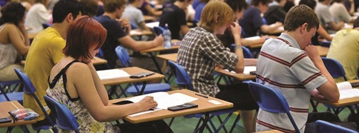 Британские университеты запретили Apple Watch